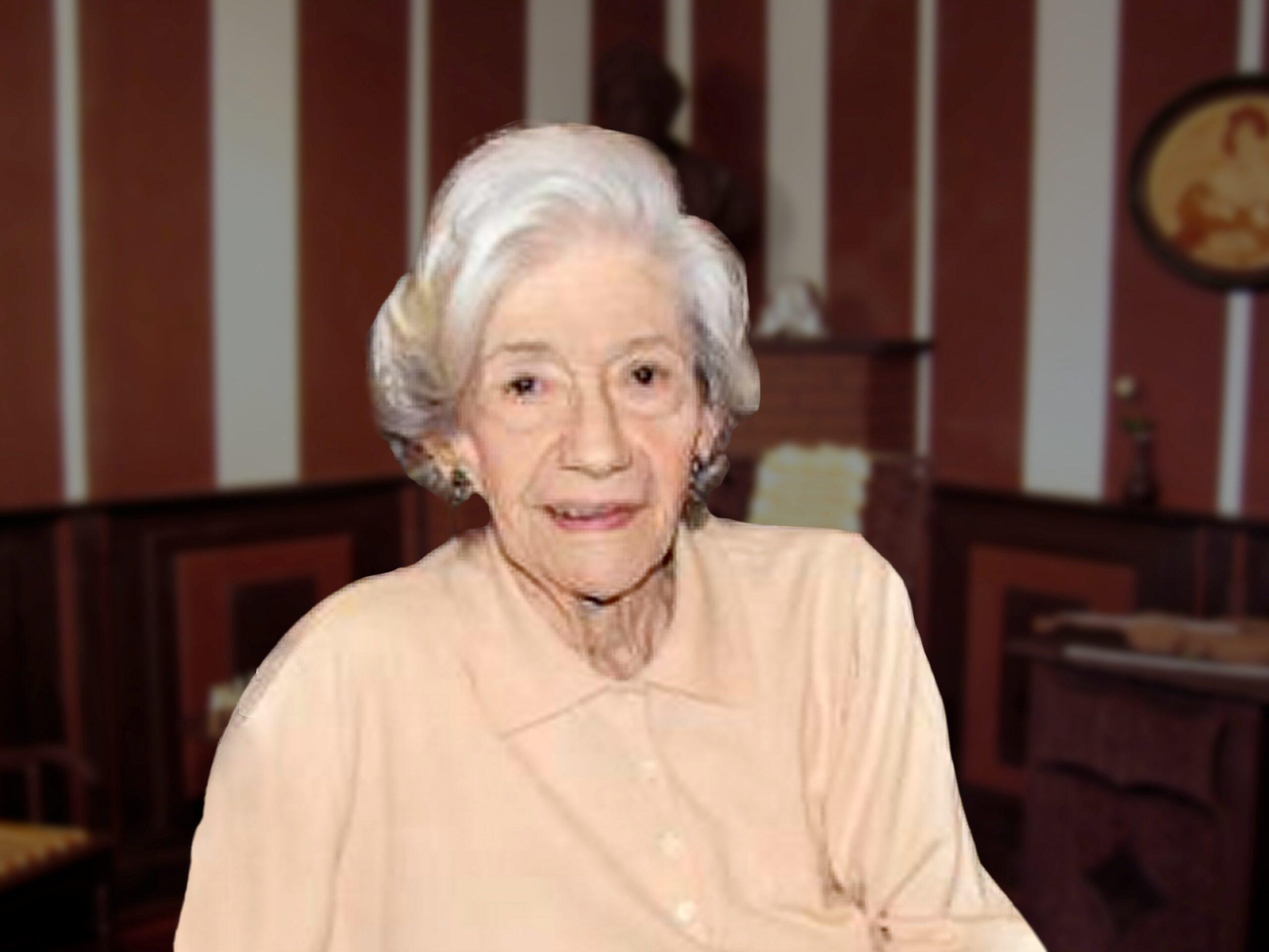 . Ana María Matute .