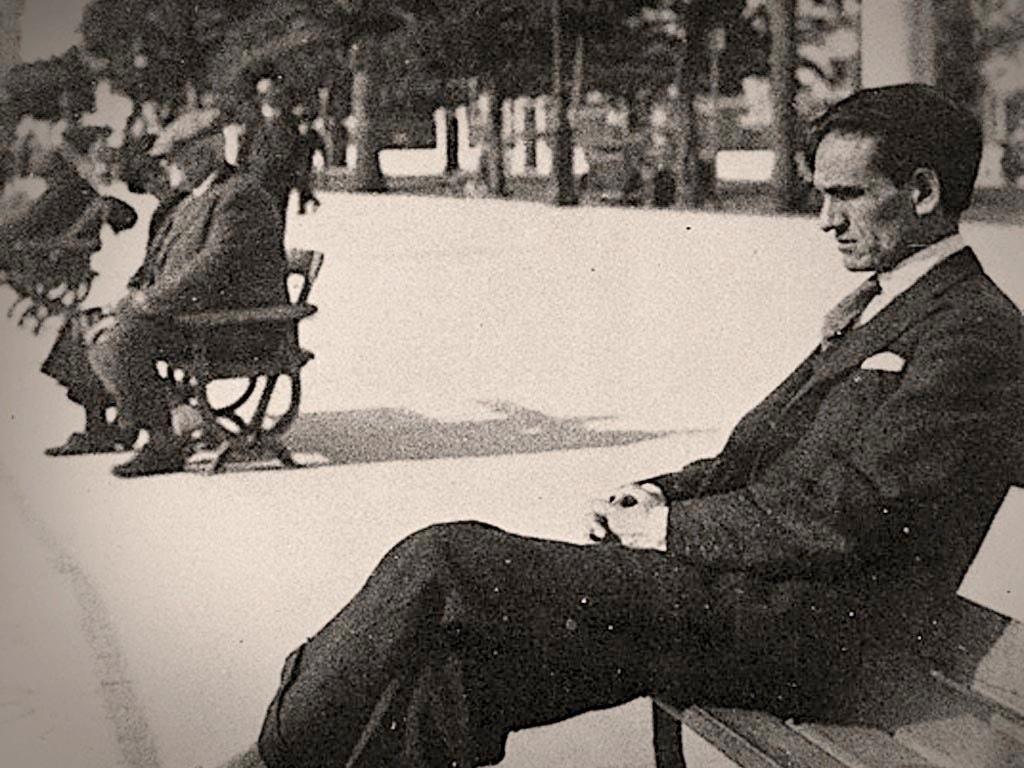 . César Vallejo .