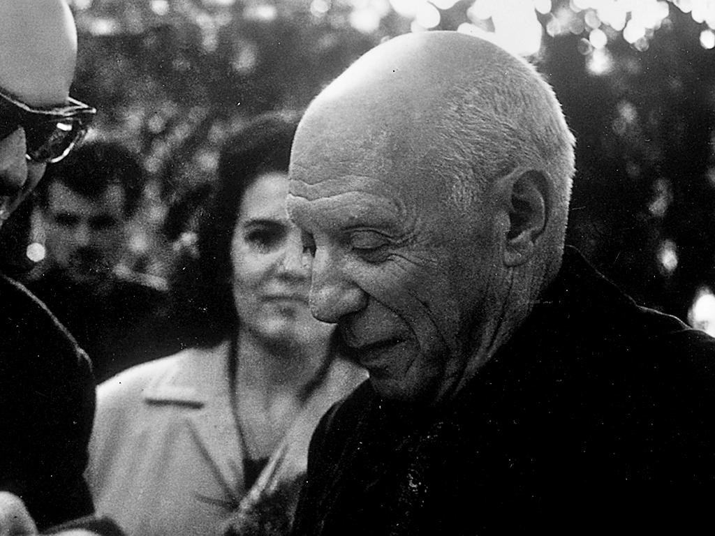 . Pablo Picasso .