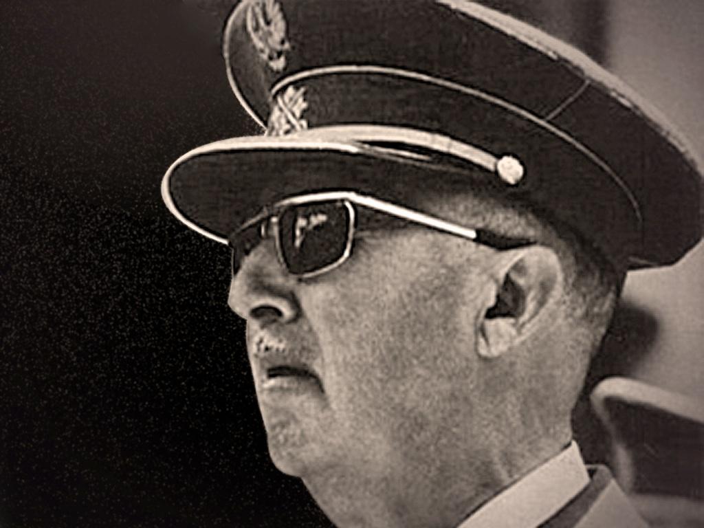 . General Francisco Franco .