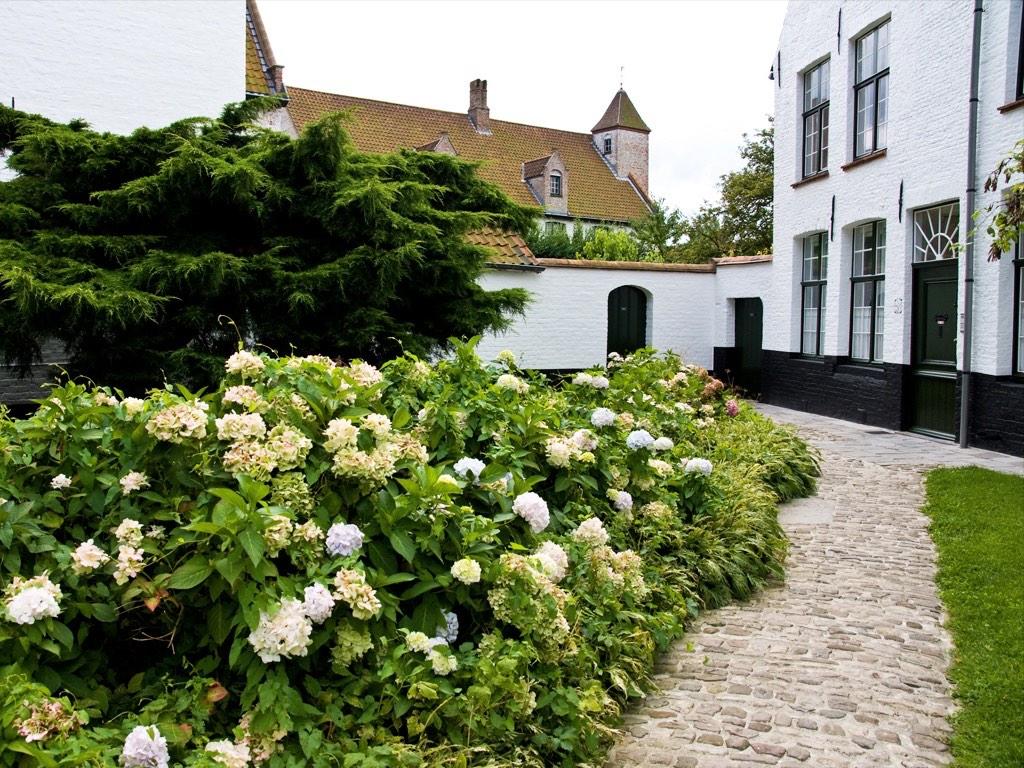 . Béguinage de Bruges .