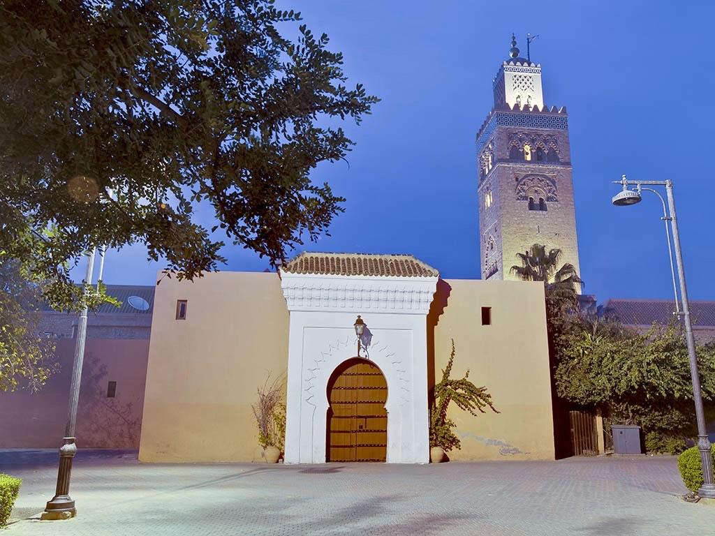. La Kutubiyya (mosquée du 12ème siècle) à Marrakech .