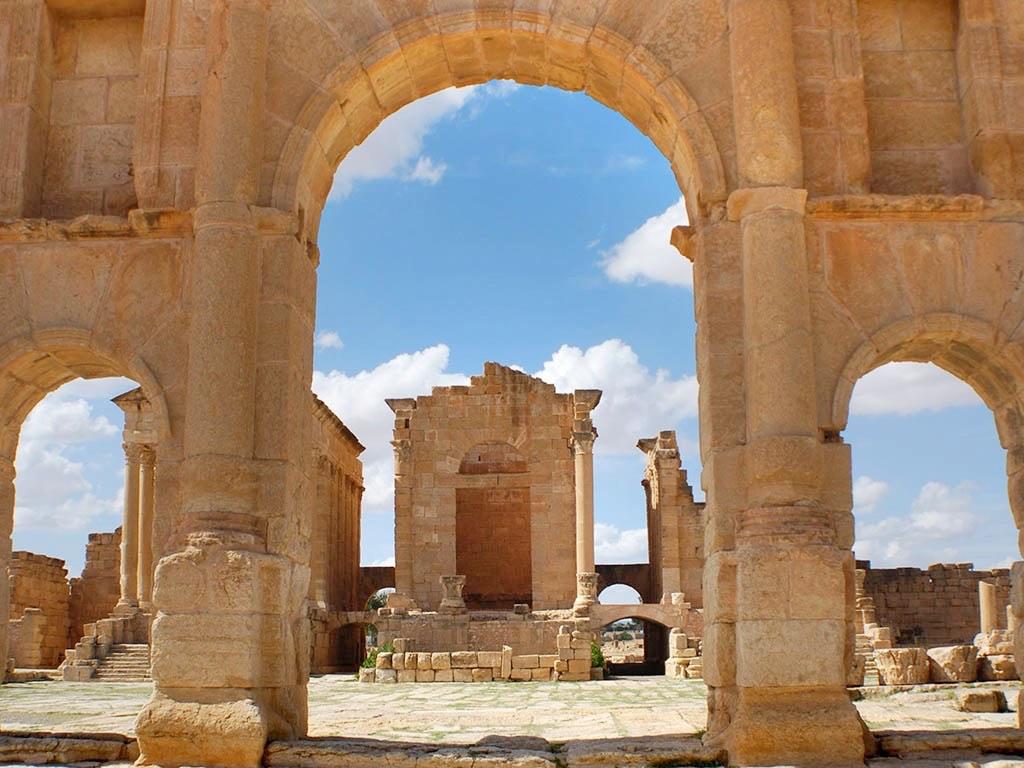 . Sites préhistoriques romains .